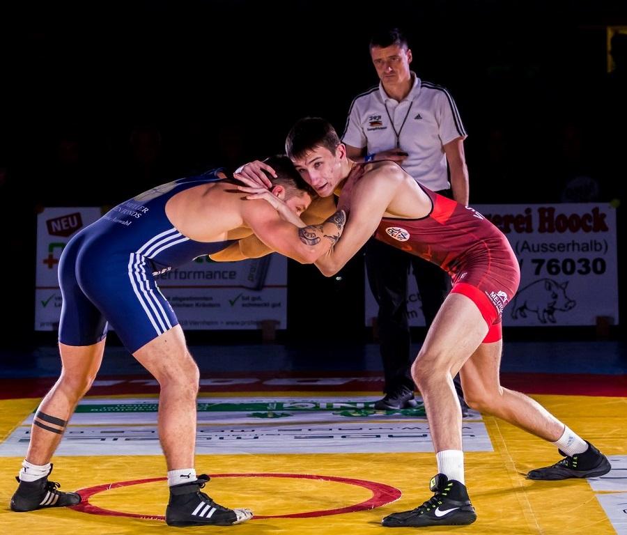 Sebastian Schmidt rot rechts 2